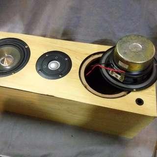 4inch 4歐全頻喇叭兩個+高音一個 重低音 speaker