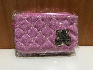 ✅🉑交換✅粉紅色熊仔萬用拉鍊包✨全新✨