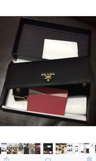 Prada 全新銀包 new wallet