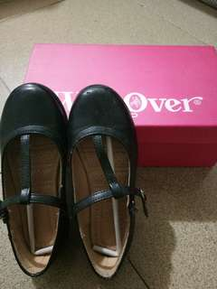 Black leather shoes (size 28)