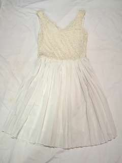 forme White Pleated Dress