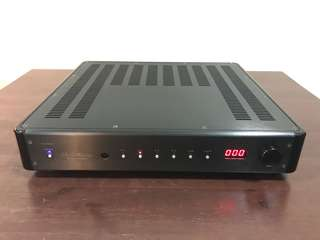 Krell 400xi amplifier with remote