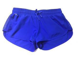 Lorna Jane sports shorts with inner pants XS