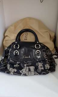 Coach hand and shoulderbag authentic