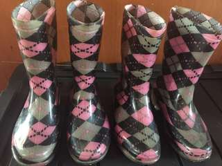Cute Boots!!! Buy both for 185