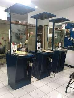 Kaca salon / dekorasi salon