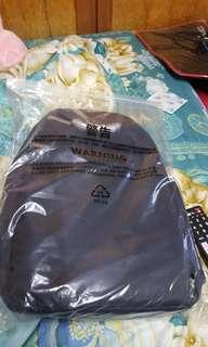 🚚 VIVO 後背包 3C專用包 筆電包 電腦包 平板包 後包包 行動電源 時尚背包 實用背包