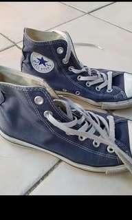 Blue denim converse size 8