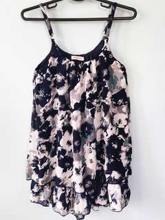 Jellybean flowy top