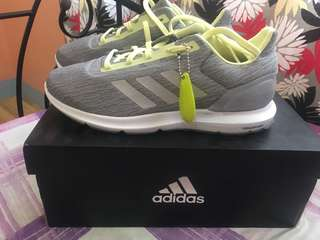 Adidas women shoes cosmic 2 (brand new)