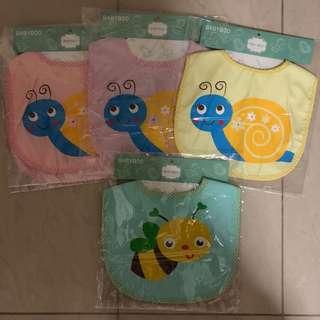 Instock / ready stock : Baby bib / infant bib