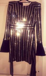 Zhivago dress fits sizes 8-10