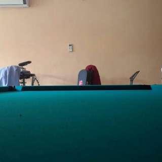 Meja billiard  merek thunderbird mulus
