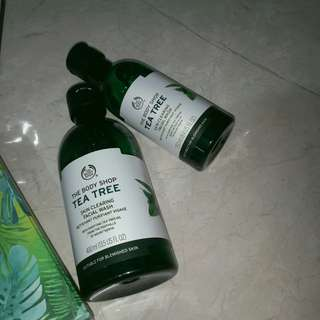 The Body Shop Tea Tree Skin Clearing Facial Wash 400ML