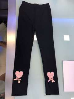 Girl's black legging