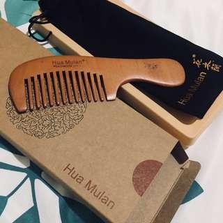 Hua Mulan Peachwood Comb