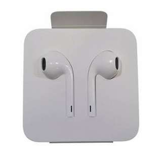 Lightning cable earpods
