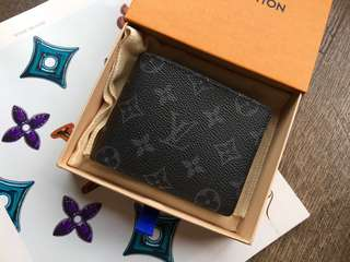 Louis Vuitton Multiple Wallet M61695