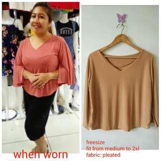 Plus size Slit blouse