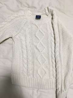 Gap toddler girl cable knit sweater size 5T
