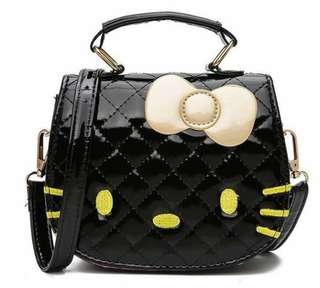 Code: MQ/MK 💕Hello kitty Sling bag