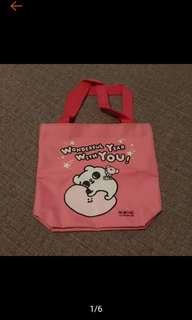 🚚 全新 可愛 爽爽貓 造型 限量 隨行袋 手提袋 萬用袋 便當袋