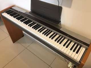Casio Digital Piano PX500L (Real weighted piano keys)