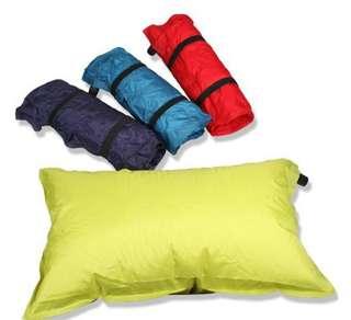 [戶外露營自動充氣枕頭] 自動充氣,具有靠墊、枕頭等等功能,充氣最厚達10cm,攜帶方便,可重複使用