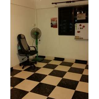 Room for rent in Marsiling Drive
