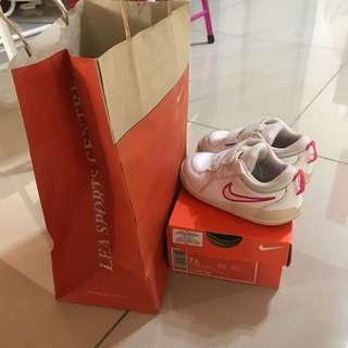 Nike 7c
