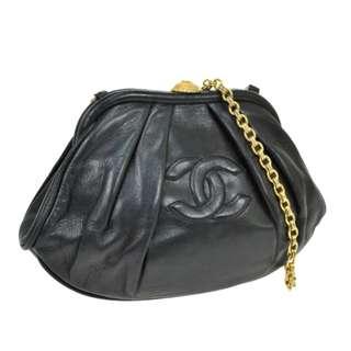 Vintage Chanel黑色羊皮餃子形chain bag 23x14x5cm