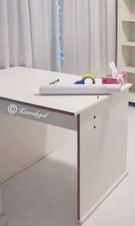 **RESERVE for $8🔵ANY AUSPICIOUS PRICE➡️MY FOLLOWERS ONLY🔵🚫Non Followers $288🚫🌈NEW🌈 French Cottage White Table/ Desk💋No Pet No Smoker Clean Hse💋
