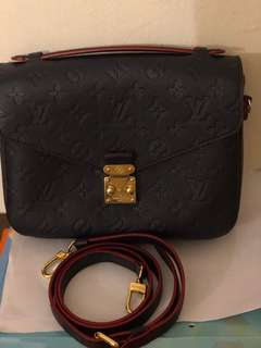 Preloved Louis vuitton Pochette Metis