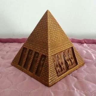 Egyptian Pyramid Urn Statue Figurine
