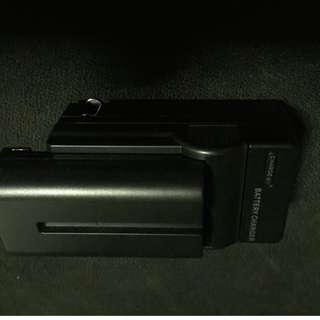Battery With Charging Port - NP-f330/f550/f570
