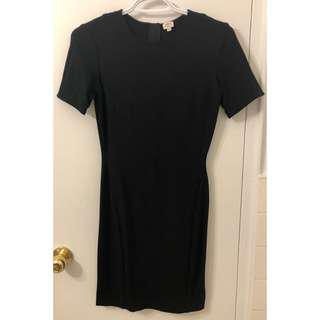 Wilfred Fitted Black Dress