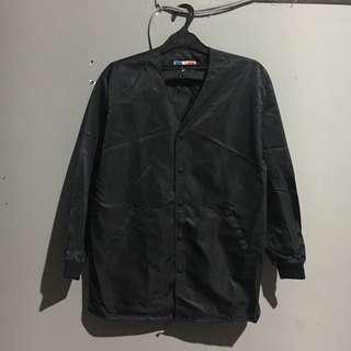 Coach jacket / wind breaker / jaket parasut