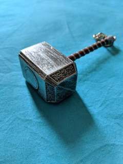 High quality Thor's hammer keychain