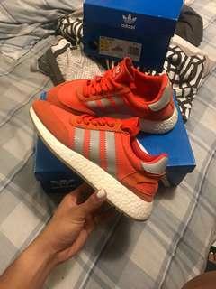 Adidas Iniki runner size 6 womens
