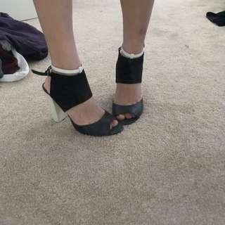 Kardashian Block Heels Size 39