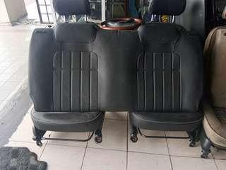 Seat l7 hitam for kelisa made in japan.. Rm700.. Tak ad konyak..kotor sahaja.. Cuci hilang..