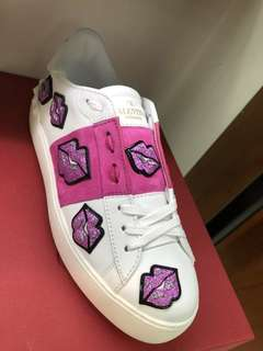 Valentino 女裝嘴唇鞋💋 💋