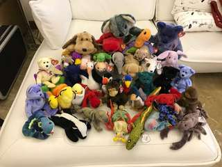 Massive lot of BEANIE BABIES for sale!
