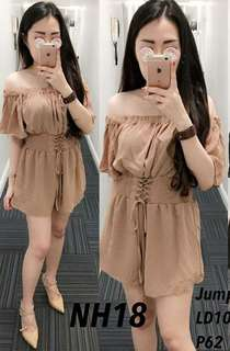 2AS jumsuit VIKI  Bahan twiscone fit to L pinggang karet pundak karet - Cream