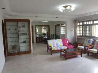 710 Pasir Ris!! 4 bedroom