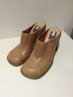 7.5 Tommy Hilfiger Mules