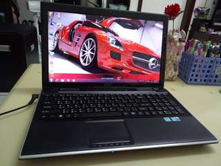 Msi i5/win7/4Gb/15.6inch/Gaming/English language laptop /Big screen