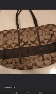 #fashion 100  Coach Totes Bag * normal price Rm 500 ; now Rm250*