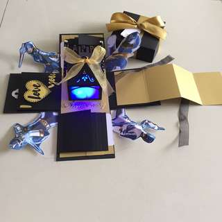 Power ranger explosion box with lighthouse , 8 waterfall , pull tab in black & gold
