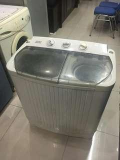Mesin Cuci Akira 2 Tabung, SA720L